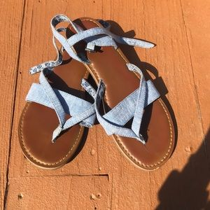 TOMS denim blue strappy sandals size 7.5